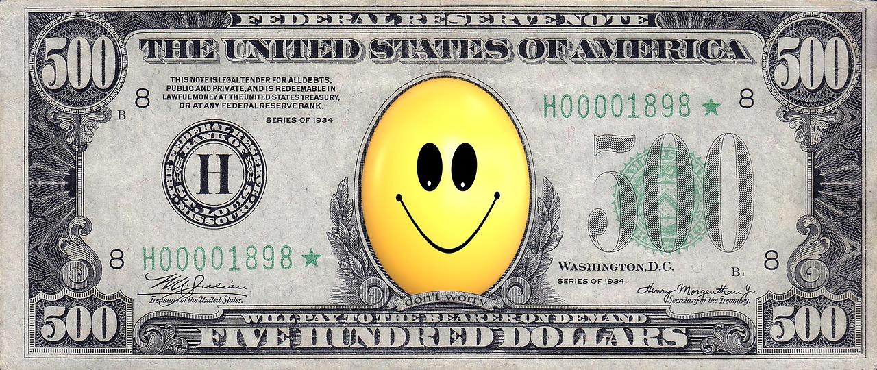 Стоит ли вкладывать деньги в доллары сейчас